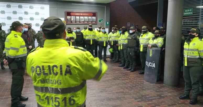 """Gobierno de Colombia culpa a """"terroristas infiltrados"""" por protestas"""