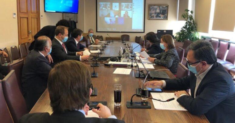"""""""Mínimos comunes: Comisión de Hacienda aprobó medidas tributarias para pymes"""""""
