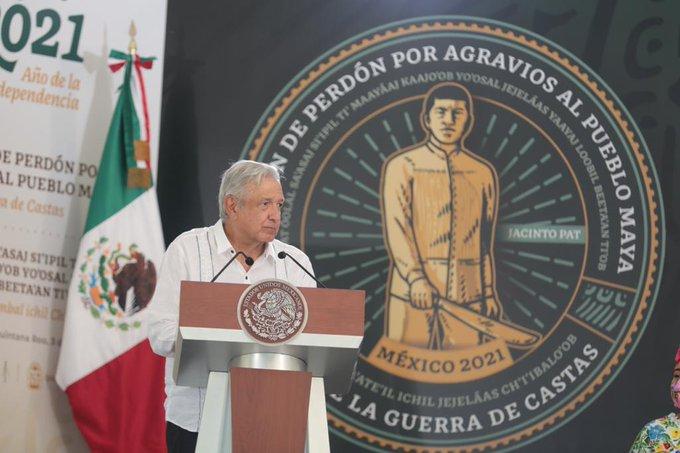 López Obrador lideró la ceremonia de petición de perdón al pueblo originario maya de la península de Yucatán.