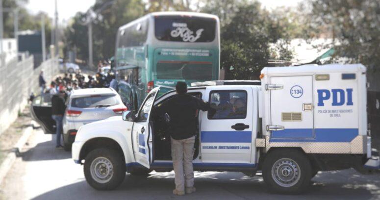 PDI detiene bus con 58 inmigrantes indocumentados en Tiltil