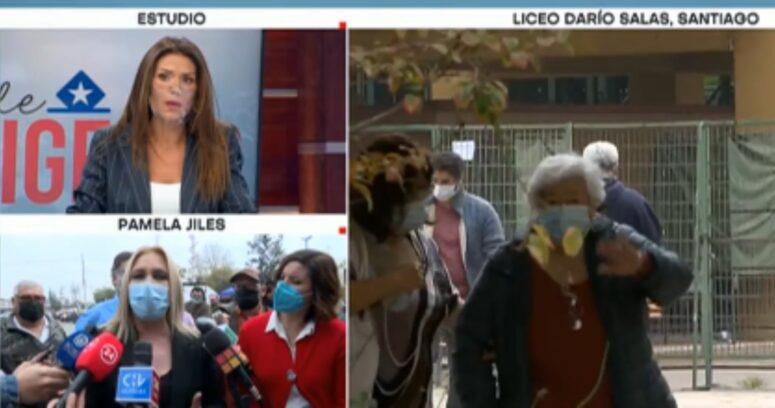 """Carola Escobar explica """"corte"""" de TVN tras insultos al aire de diputada Pamela Jiles"""