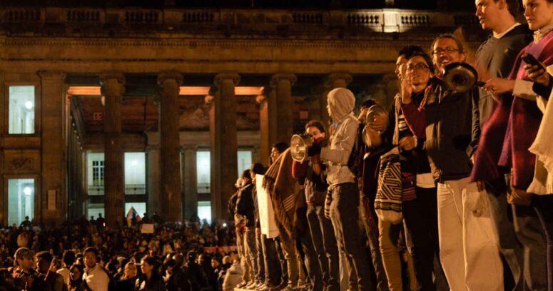 """""""Crisis en Colombia: reportan 19 muertos y la ONU afirma estar"""