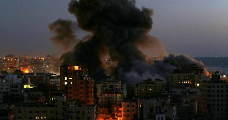 Al menos50 palestinos muertos y más de 300 heridos dejan los bombardeos en Gaza