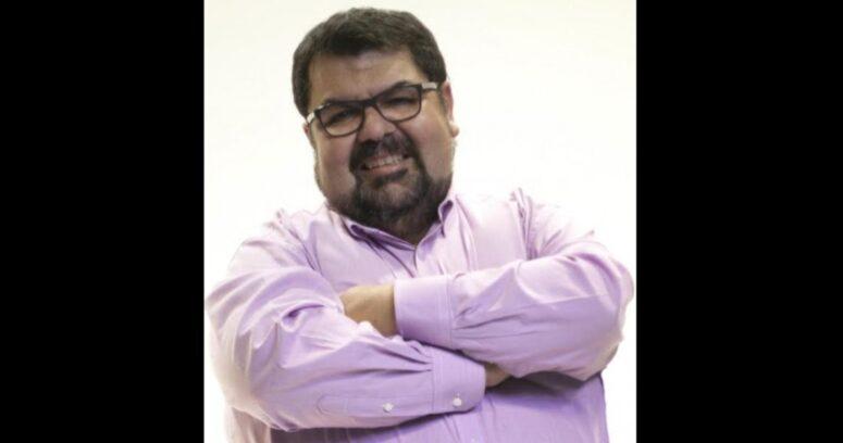 """""""Mega responde a acusación de acoso laboral contra Pablo Alvarado"""""""