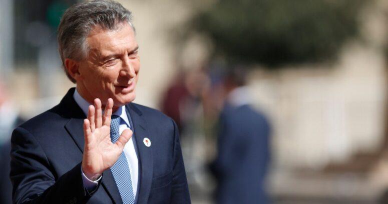 Denuncian a Mauricio Macri por presunto enriquecimiento ilícito