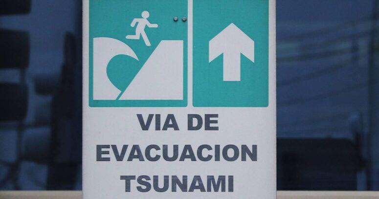 """""""Terremoto de magnitud 6,1 activa alerta de tsunami en Indonesia"""""""