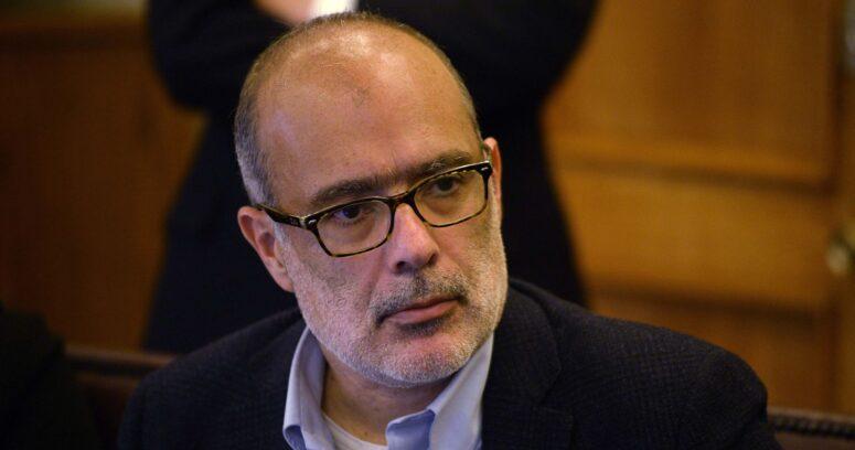 """""""Gustito ideológico"""": ex ministro Rodrigo Valdés cuestiona propuesta previsional de Jadue"""