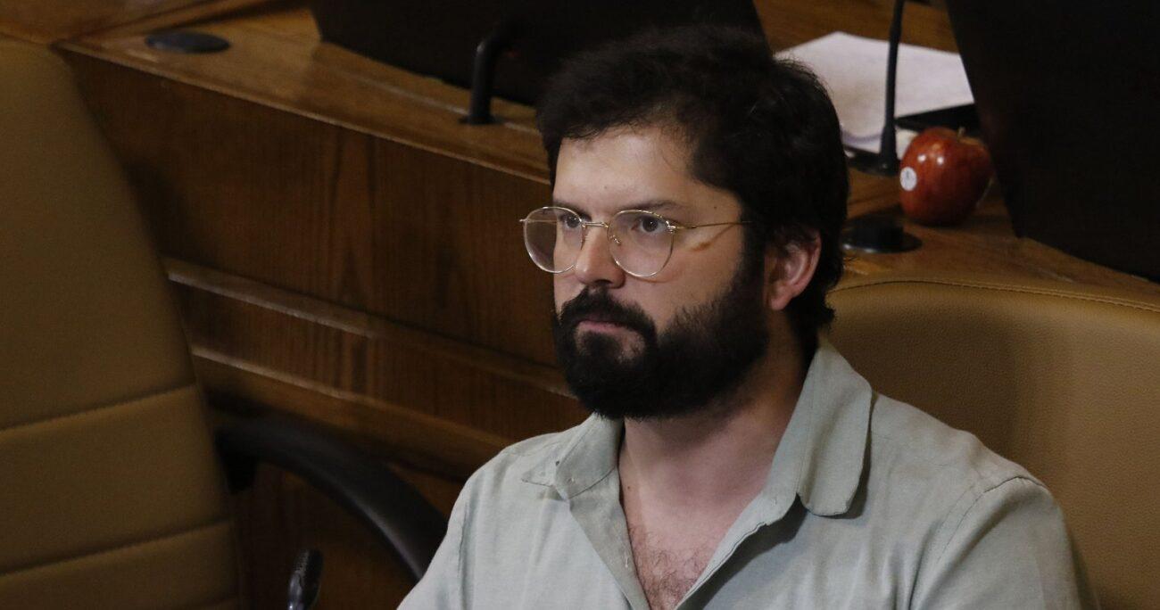Gabriel Boric pidió desdramatizar la propuesta de los 34 constituyentes y dice que tienen derecho a opinar. AGENCIA UNO/ARCHIVO