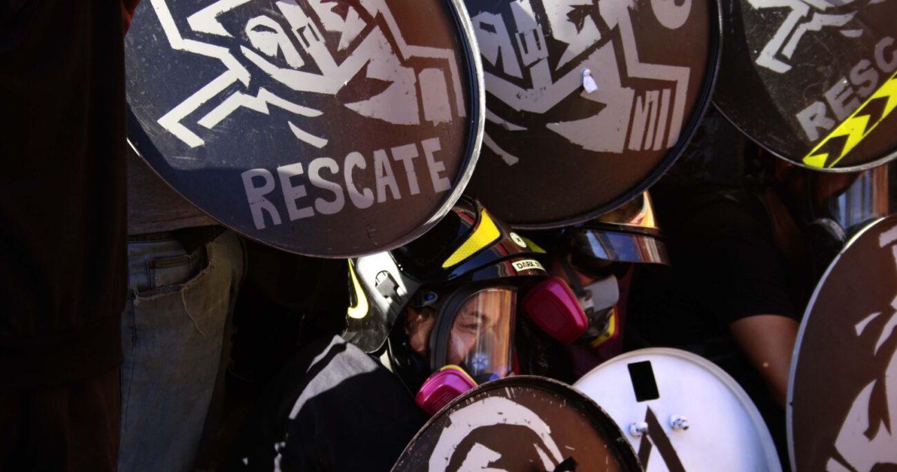 """Los convencionales señalan que """"condenamos la injusta prisión y exigimos la puesta en libertad de todas las y los presos políticos de la revuelta social"""". AGENCIA UNO/ARCHIVO"""