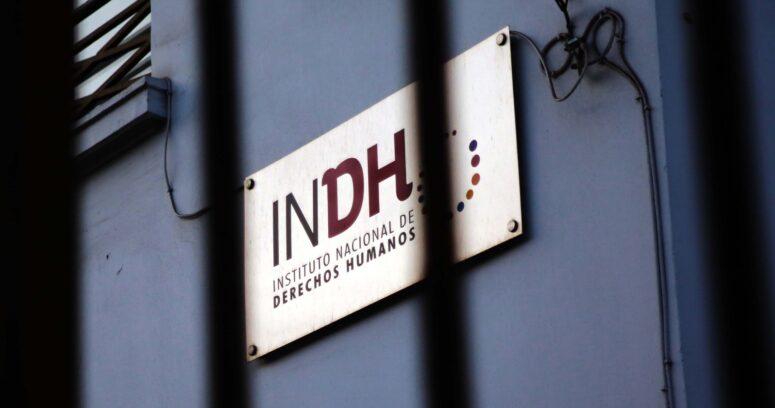 Encuesta INDH: población confía más en Carabineros que en ese organismo