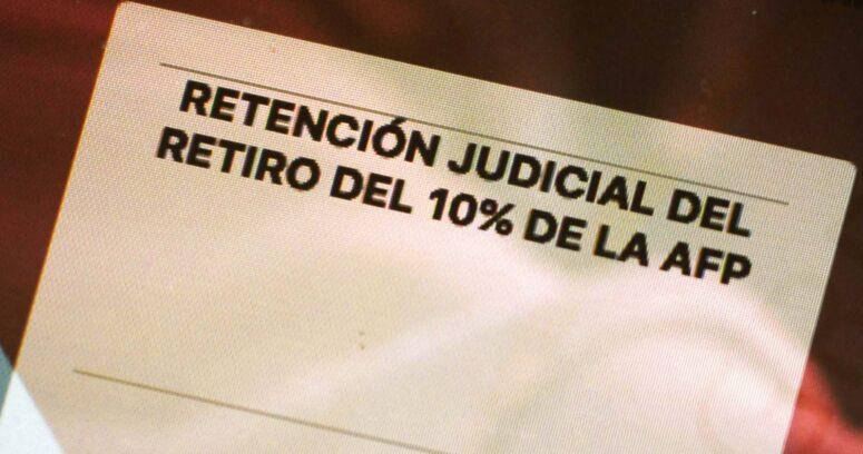 """""""Tribunal ordena a AFP pagar pensión de alimentos tras incumplir retención de retiro del 10%"""""""