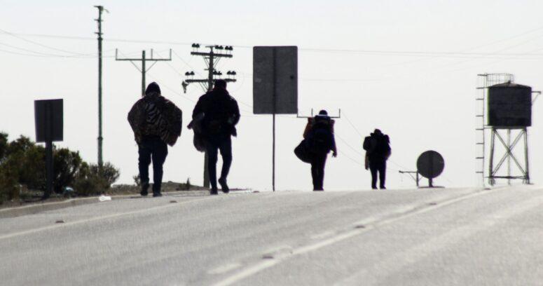 """""""Más de la mitad de los chilenos cree que crisis migratoria afecta la seguridad ciudadana y sanitaria"""""""