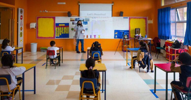 """Colmed responde a Colegio de Profesores por retorno a clases presenciales: """"Hay que hacer el esfuerzo"""""""
