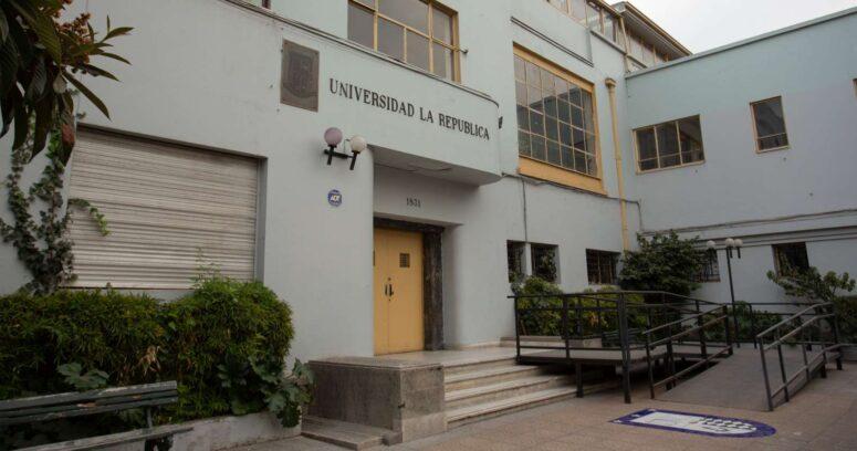 """""""Diputados presentan escrito ante Contraloría por cierre de Universidad La República"""""""