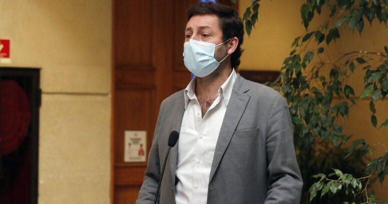 Diputados UDI piden eliminar cuarentenas tras vacunar al 70% de población objetivo