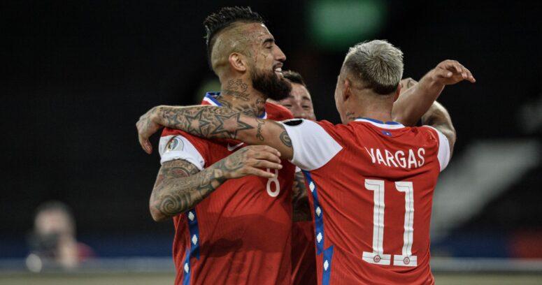 Polémica visita de peluquero a la Selección Chilena repercute en Uruguay