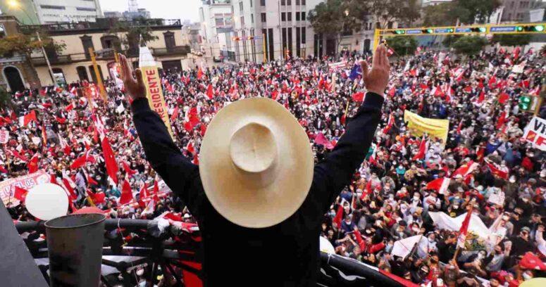"""""""Perú: Pedro Castillo agradece a sus votantes por"""
