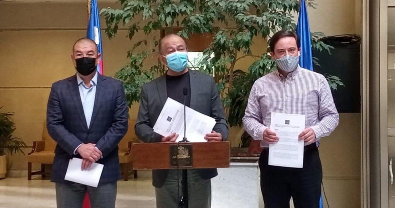 El diputado Ricardo Celis (PPD) explicó que funcionarios de la salud han sido objeto de persecuciones por su acción gremial.