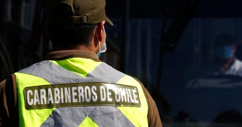 """""""Carabinero fue asaltado y baleado en paradero de micro en Maipú"""""""
