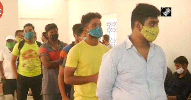 """""""India notifica cerca de 60 mil casos de coronavirus, la cifra más baja desde marzo"""""""