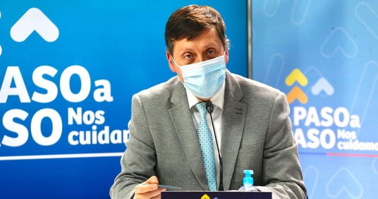 Heriberto García durante la entrega del balance diario COVID-19. MINSAL