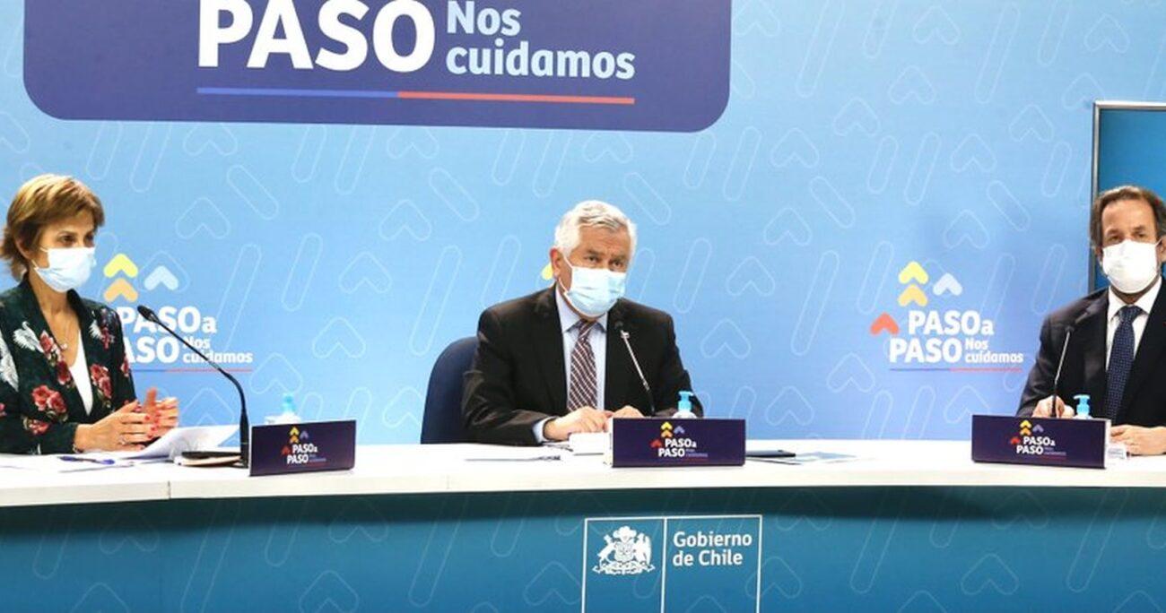 La autoridad durante la entrega del balance de la pandemia. MINSAL