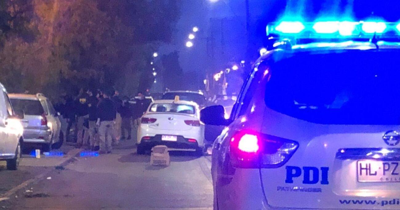 Tras las primeras diligencias se logró dar con el vehículo en que se movilizaban los involucrados, pero sin rastro de ellos. PDI