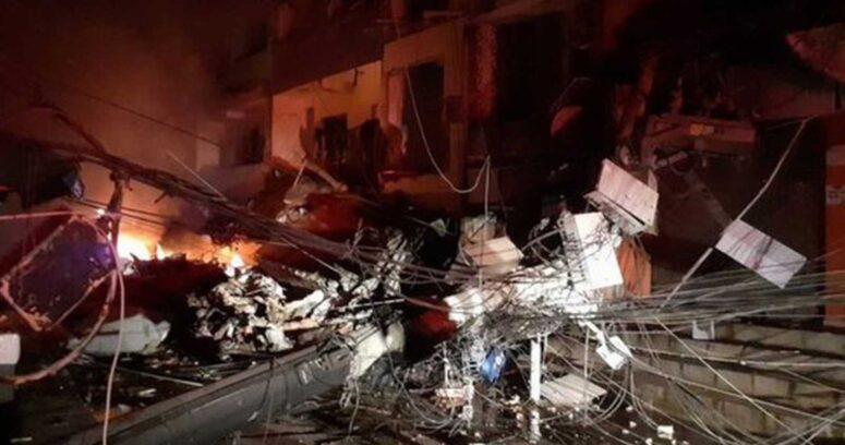 """""""Edificio de cuatro pisos se desploma en Rio de Janeiro: 3 atrapados"""""""