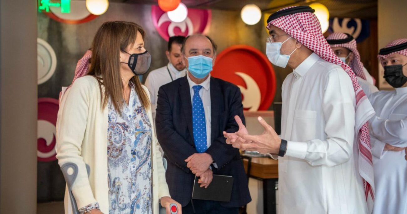 Van Rysselberghe se reunió con el principe saudí Faisal Bin Farhan Al Saud y con la Fundación Misk. TWITTER