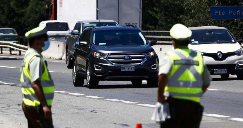 """""""Fin de semana largo: casi 160 mil vehículos han salido de la Región Metropolitana"""""""