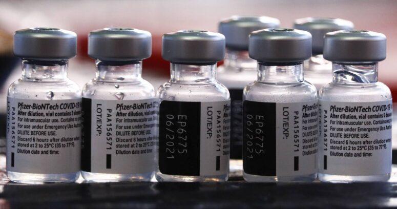 """""""Israel reportó baja en efectividad de vacuna Pfizer en medio de propagación de la variante delta"""""""