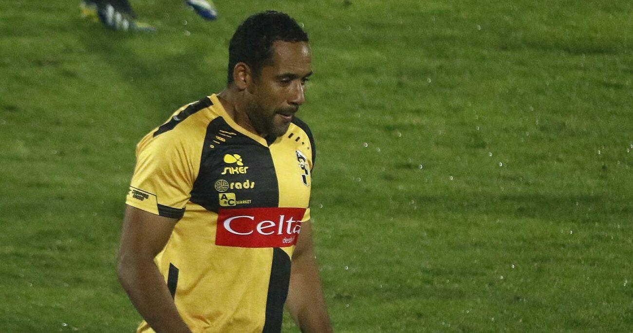 El jugador de Coquimbo Unido respaldó al abanderado del Frente Amplio. AGENCIA UNO/ARCHIVO