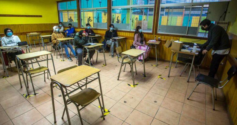 """""""Colegios y jardines infantiles podrán funcionar en cuarentena"""""""