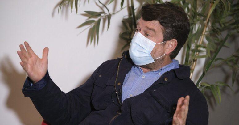 """""""Claudio Orrego acusa al Gobierno de"""