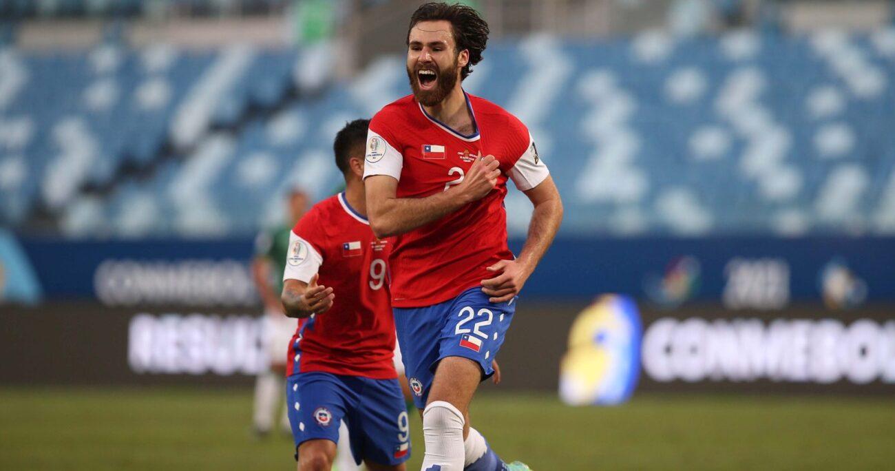 El atacante celebrando su primer gol con la selección. AGENCIA UNO/ARCHIVO