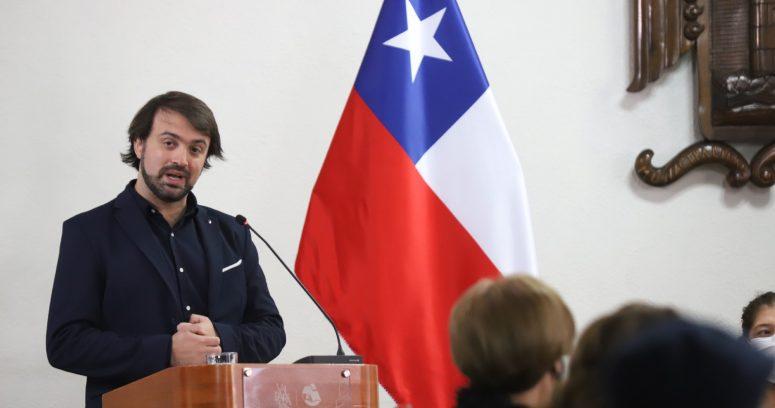Jorge Sharp se cuadra con Guillier y pide periodo presidencial más corto