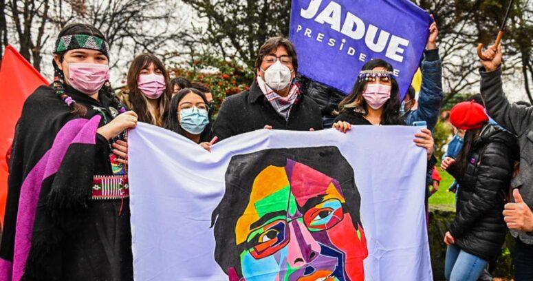 """""""Estudio: 7 de cada 10 chilenos rechaza propuesta de Jadue de cierre de pymes"""""""