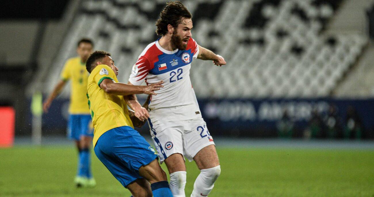 El atacante durante el encuentro ante Brasil por Copa América. AGENCIA UNO