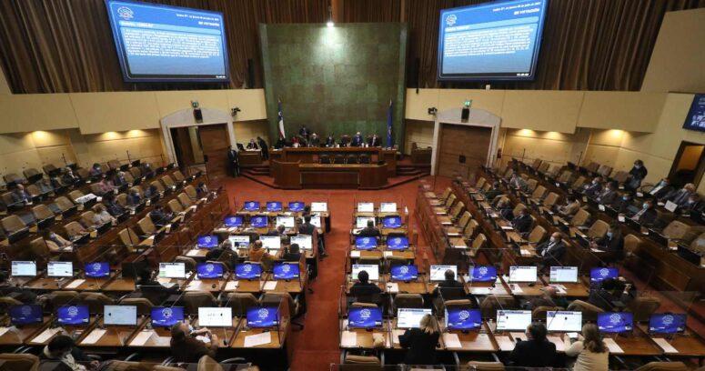 """""""Sancionan a diputados por aparecer en TV durante horario de trabajo legislativo"""""""