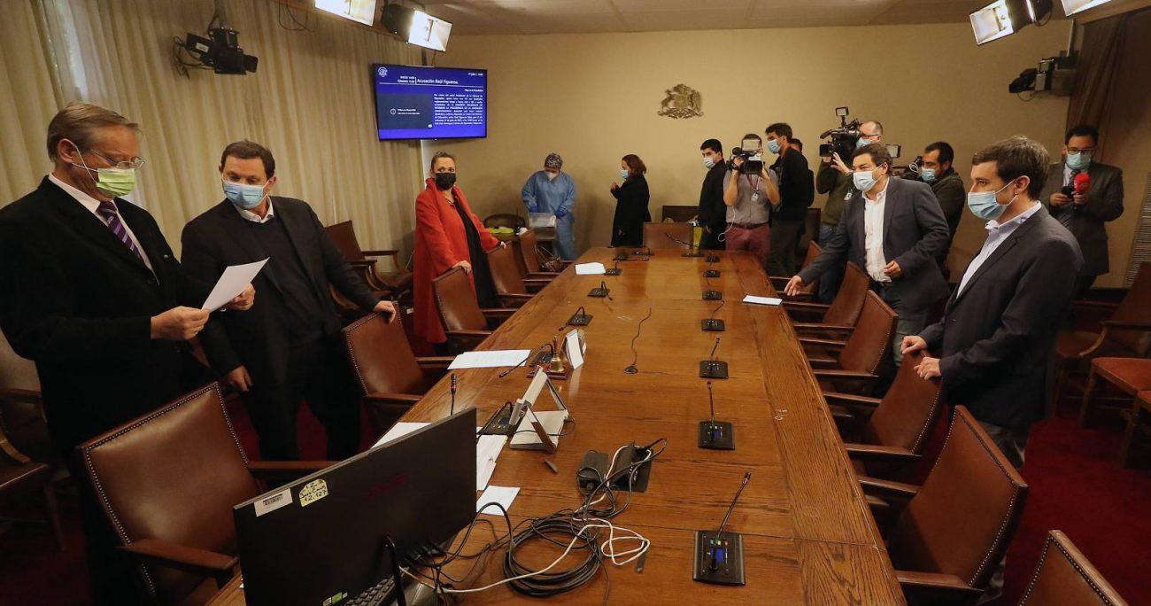 El magistrado y la jefa comunal están contra el retorno a clases presenciales de Figueroa. AGENCIA UNO