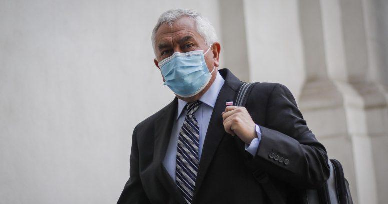 La advertencia del ministro Paris a los vacunatorios que no respeten el calendario