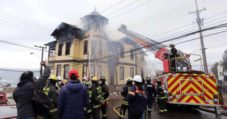 No hubo heridos: incendio afectó a hogar de ancianos en Valparaíso