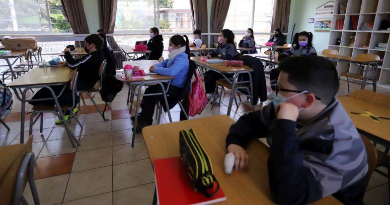 Más de 6 mil colegios volvieron a clases presenciales en el inicio del segundo semestre