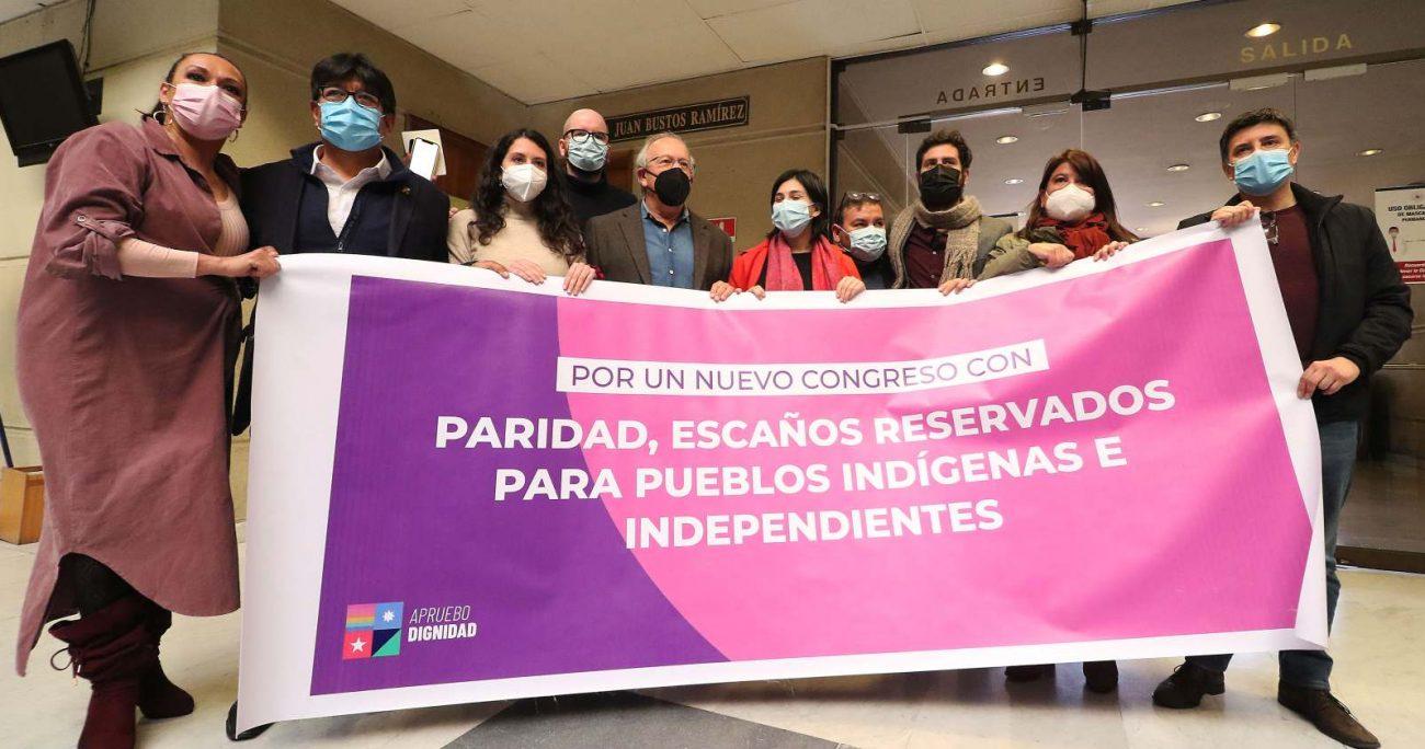 Los legisladores solicitaron la urgencia para el proyecto en la comisión de Constitución. AGENCIA UNO