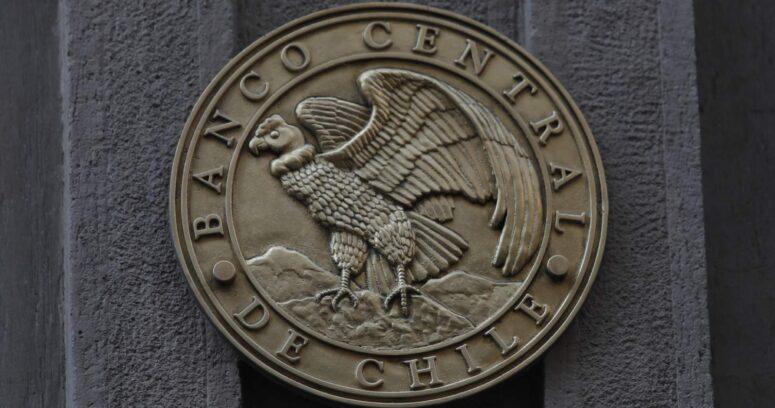 """""""Banco Central acuerda subir la tasa de interés hasta 0,75%"""""""