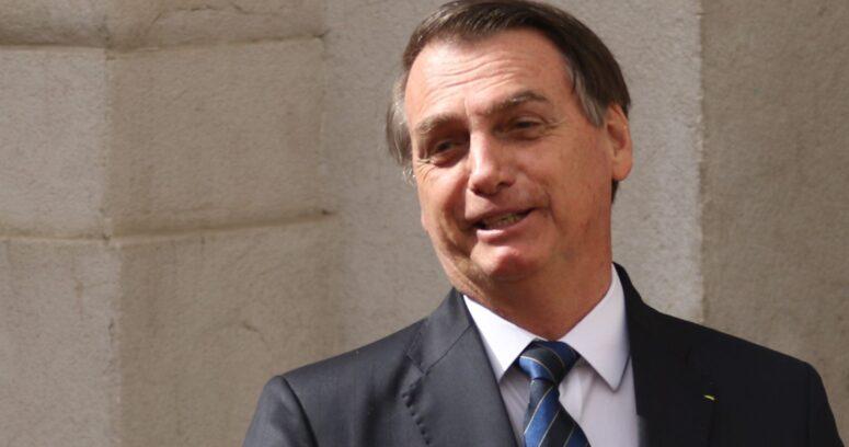 """""""Jair Bolsonaro fue hospitalizado por fuertes dolores abdominales en Brasil"""""""