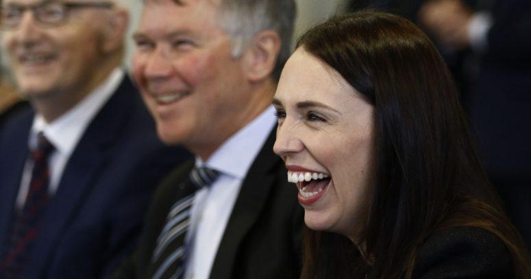 """""""Problemas en Nueva Zelanda: lenta vacunación cuestiona liderazgo de Jacinda Ardern"""""""