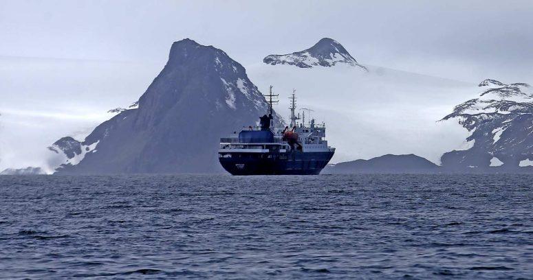 """""""Los estrictos protocolos sanitarios para viajes de turismo a la Antártica"""""""