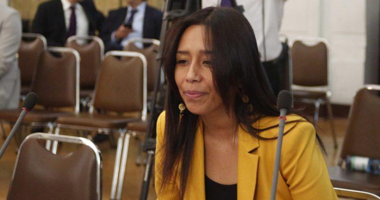 """""""Diputada Leuquén fue sobreseída en querella por agresión y volverá al Congreso"""""""