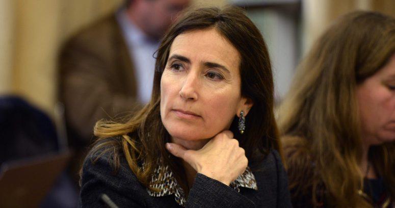 """Ministra Carolina Schmidt: """"La escasez hídrica es uno de los principales problemas que enfrenta Chile respecto al cambio climático"""""""